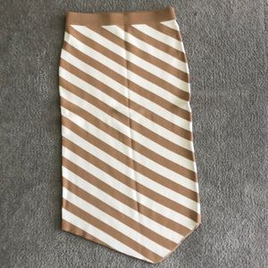 Gabrielle Union New York and Company Skirt